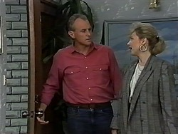Jim Robinson, Beverly Marshall in Neighbours Episode 1185