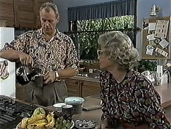 Jim Robinson, Helen Daniels in Neighbours Episode 1187