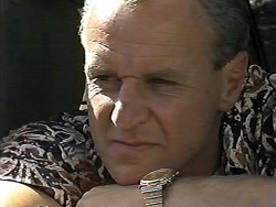 Jim Robinson in Neighbours Episode 1188