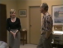 Beverly Marshall, Jim Robinson in Neighbours Episode 1188