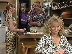 Melanie Pearson, Madge Bishop, Harold Bishop, Sharon Davies in Neighbours Episode 1189