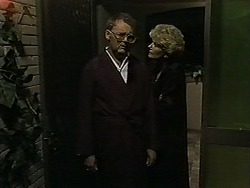 Harold Bishop, Madge Bishop in Neighbours Episode 1189
