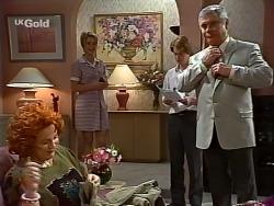 Cheryl Stark, Danni Stark, Brett Stark, Lou Carpenter in Neighbours Episode 2273