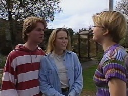 Brett Stark, Libby Kennedy, Danni Stark in Neighbours Episode 2274