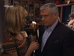 Annalise Hartman, Lou Carpenter in Neighbours Episode 2274