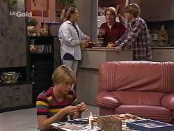 Danni Stark, Libby Kennedy, Brett Stark, Billy Kennedy in Neighbours Episode 2275