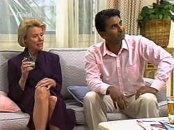 Helen Daniels, Vikram Chatterji in Neighbours Episode 2275