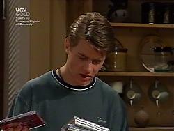 Lance Wilkinson in Neighbours Episode 3036