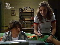 Paul McClain, Hannah Martin in Neighbours Episode 3037