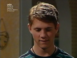 Lance Wilkinson in Neighbours Episode 3037