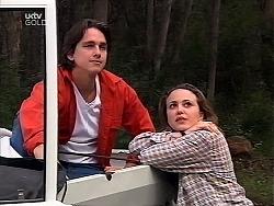 Darren Stark, Libby Kennedy in Neighbours Episode 3040