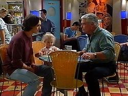 Darren Stark, Louise Carpenter (Lolly), Lou Carpenter in Neighbours Episode 3040