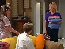 Anne Wilkinson, Lance Wilkinson, Ruth Wilkinson in Neighbours Episode 3097