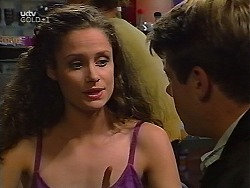 Caitlin Atkins, Lance Wilkinson in Neighbours Episode 3097