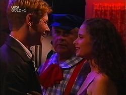 Lance Wilkinson, Lou Carpenter, Caitlin Atkins in Neighbours Episode 3097