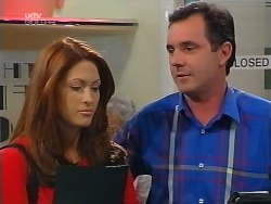 Sarah Beaumont, Karl Kennedy in Neighbours Episode 3100