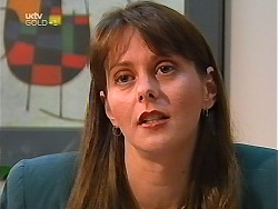 Fiona Bowden in Neighbours Episode 3100