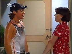 Joel Samuels, Libby Kennedy  in Neighbours Episode 3132