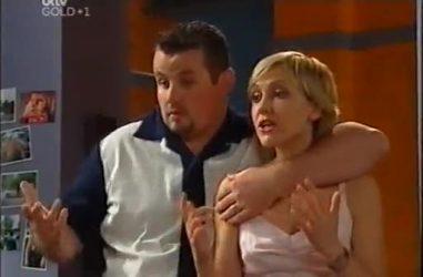 Toadie Rebecchi, Sindi Watts in Neighbours Episode 4460