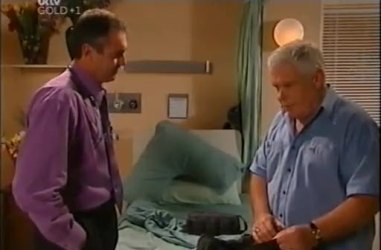 Karl Kennedy, Lou Carpenter in Neighbours Episode 4460