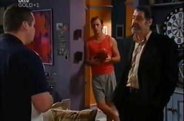 Toadie Rebecchi, Stuart Parker, Rocco Cammeniti in Neighbours Episode 4460