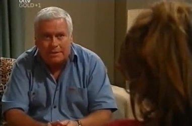Lou Carpenter in Neighbours Episode 4461