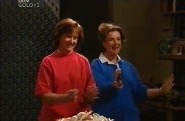 Susan Kennedy, Lyn Scully in Neighbours Episode 4461