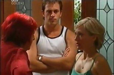 Angie Rebecchi, Stuart Parker, Sindi Watts in Neighbours Episode 4467