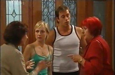 Susan Kennedy, Sindi Watts, Stuart Parker, Angie Rebecchi in Neighbours Episode 4467