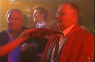 Lou Carpenter, Harold Bishop in Neighbours Episode 4471