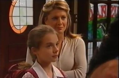 Summer Hoyland, Izzy Hoyland in Neighbours Episode 4471