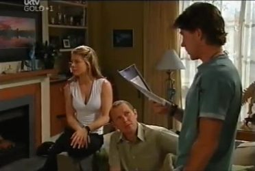 Izzy Hoyland, Max Hoyland, Gus Cleary in Neighbours Episode 4472