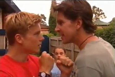 Boyd Hoyland, Summer Hoyland, Gus Cleary in Neighbours Episode 4472