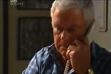 Lou Carpenter in Neighbours Episode 4480
