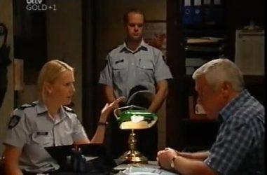 Sgt. Joanna Douglas, Lou Carpenter in Neighbours Episode 4481