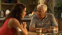 Kate Ramsay, Lou Carpenter in Neighbours Episode 6634