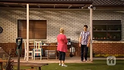 Sheila Canning, Chris Pappas in Neighbours Episode 6643