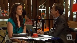 Kate Ramsay, Paul Robinson in Neighbours Episode 6644