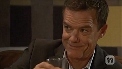 Paul Robinson in Neighbours Episode 6644