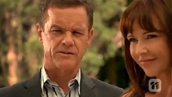 Paul Robinson, Steph Scully in Neighbours Episode 6645