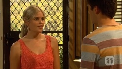 Amber Turner, Chris Pappas in Neighbours Episode 6646