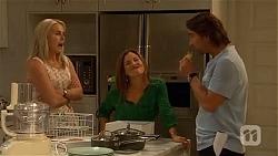 Lauren Turner, Terese Willis, Brad Willis in Neighbours Episode 6648
