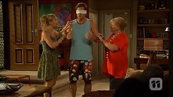 Georgia Brooks, Kyle Canning, Sheila Canning in Neighbours Episode 6648