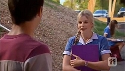 Chris Pappas, Amber Turner in Neighbours Episode 6652