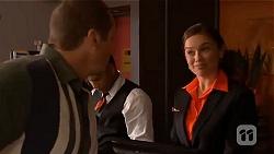 Toadie Rebecchi, Caroline Perkins in Neighbours Episode 6655