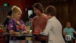 Sheila Canning, Brad Willis, Susan Kennedy in Neighbours Episode 6658