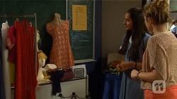Rani Kapoor, Sonya Rebecchi in Neighbours Episode 6660