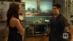 Kate Ramsay, Chris Pappas in Neighbours Episode 6660
