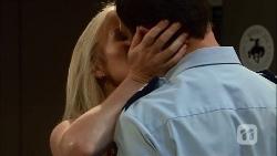 Lauren Turner, Matt Turner in Neighbours Episode 6661