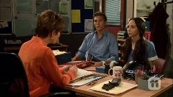Susan Kennedy, Josh Willis, Imogen Willis in Neighbours Episode 6662
